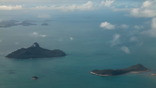 Fligh Over The Whitsundays
