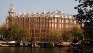 elegant-5-star-hotels-in-amsterdam