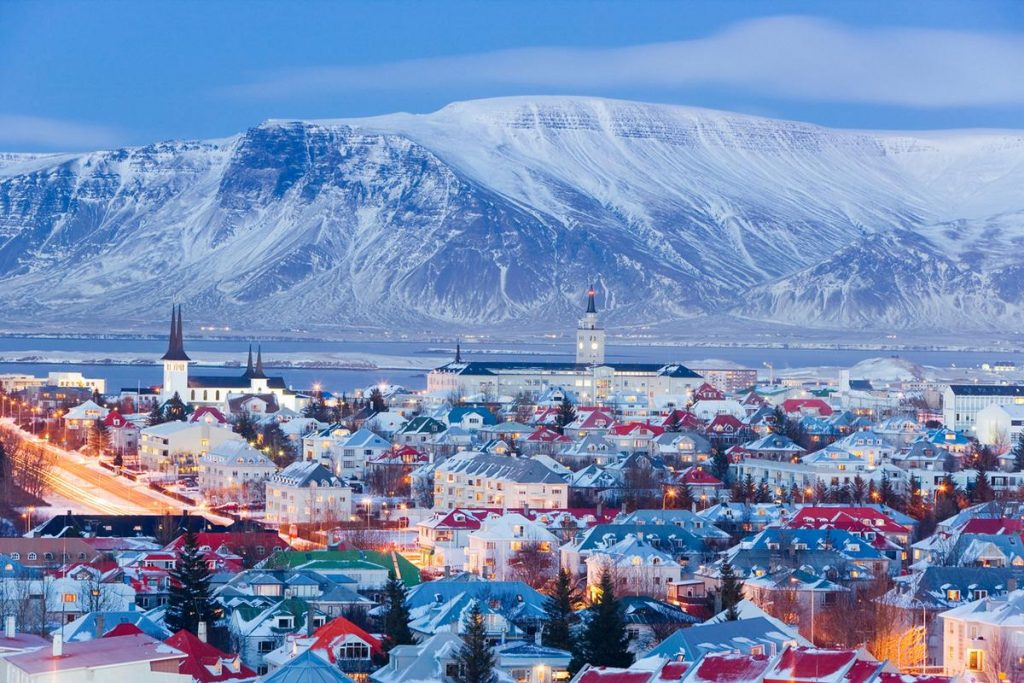 reykjavik-during-fall-and-winter