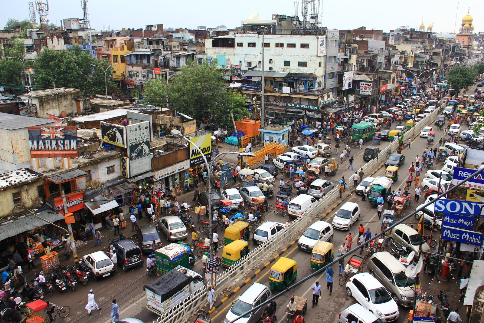 Best Shopping Markets In Delhi, India