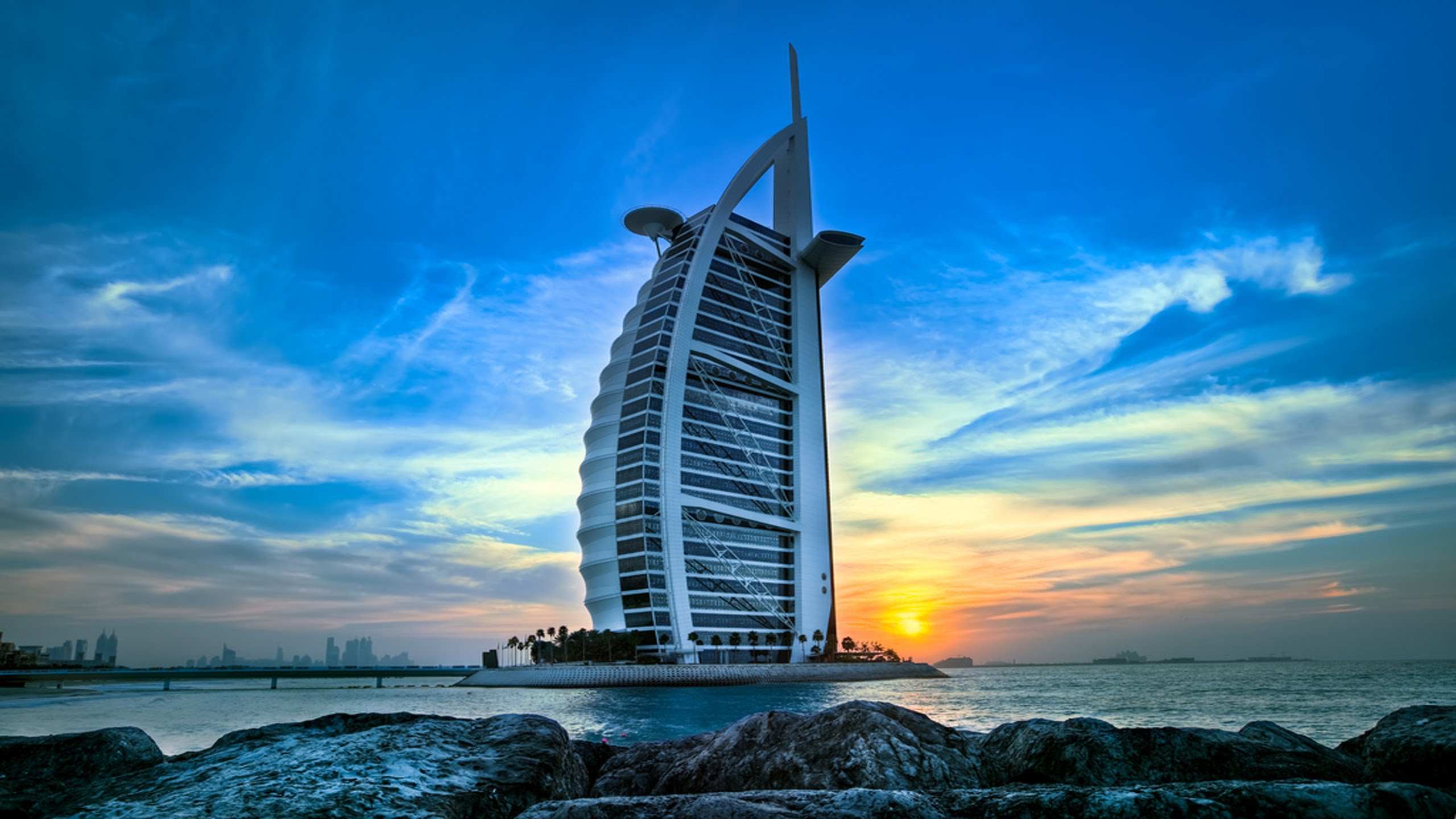What Are The Very Best Luxury Hotels In Dubai?